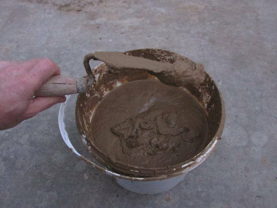 Как развести глину для замазки печи