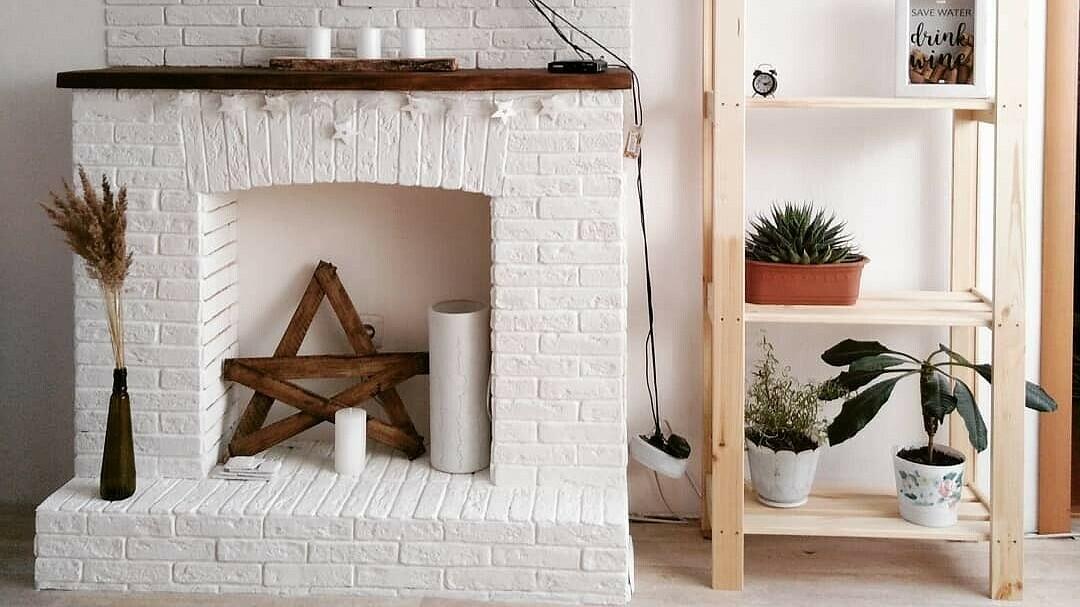 Как сделать имитацию камина в квартире?