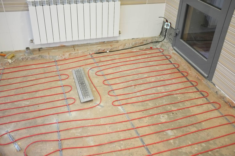 Электрический теплый пол в стяжку