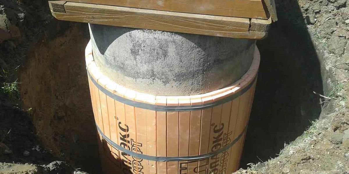 Утепление колодца из бетонных колец своими руками: водопроводного, канализационного