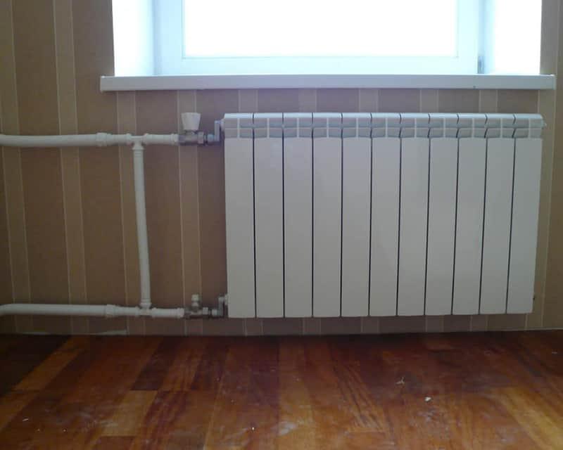 Установка биметаллических радиаторов отопления и наращивание дополнительных секций