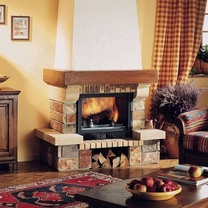 Камин в частном доме – особенности выбора и фото