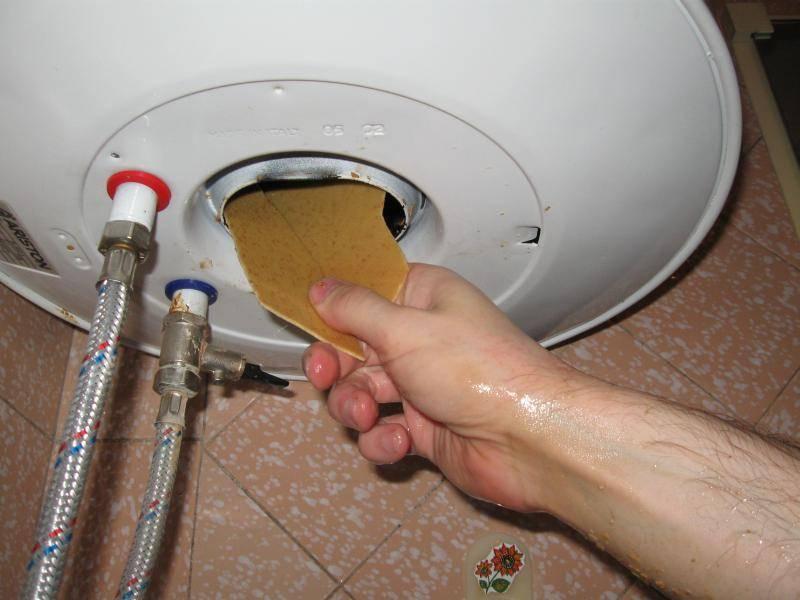 Как защитить водонагреватель от накипи. как очистить водонагреватель от накипи?
